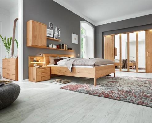 schlafzimmer-holz-interliving